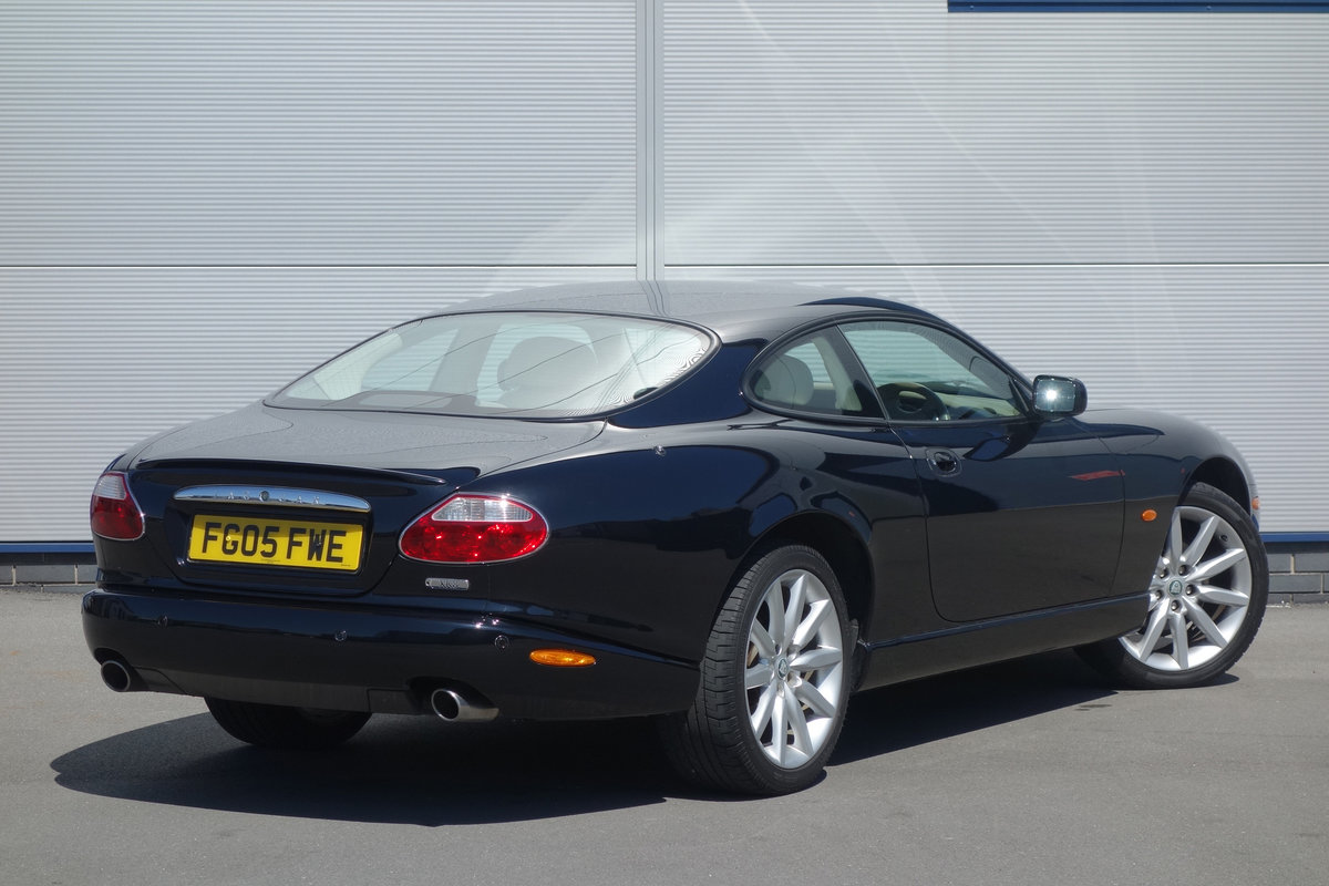 2005 Jaguar 4.2 Coupe Superb Classic FSH Big Spec, Only 48000m For Sale (picture 3 of 6)