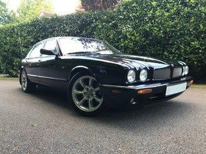 2000 Jaguar XJR Supercharged 4.0 V8 - Restored