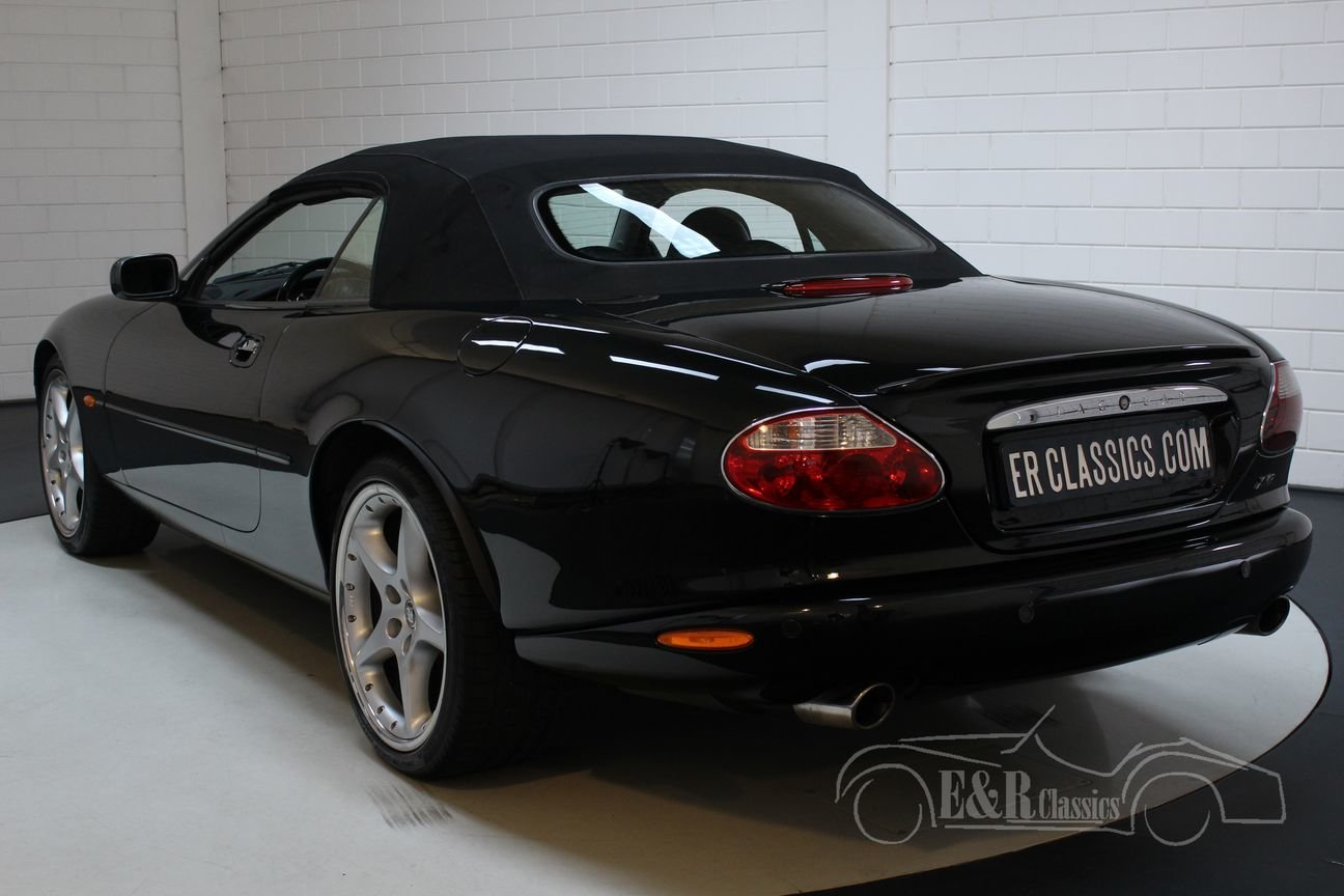 Jaguar XKR 100 Cabriolet 2002 Limited Edition 1/250 For Sale (picture 5 of 6)