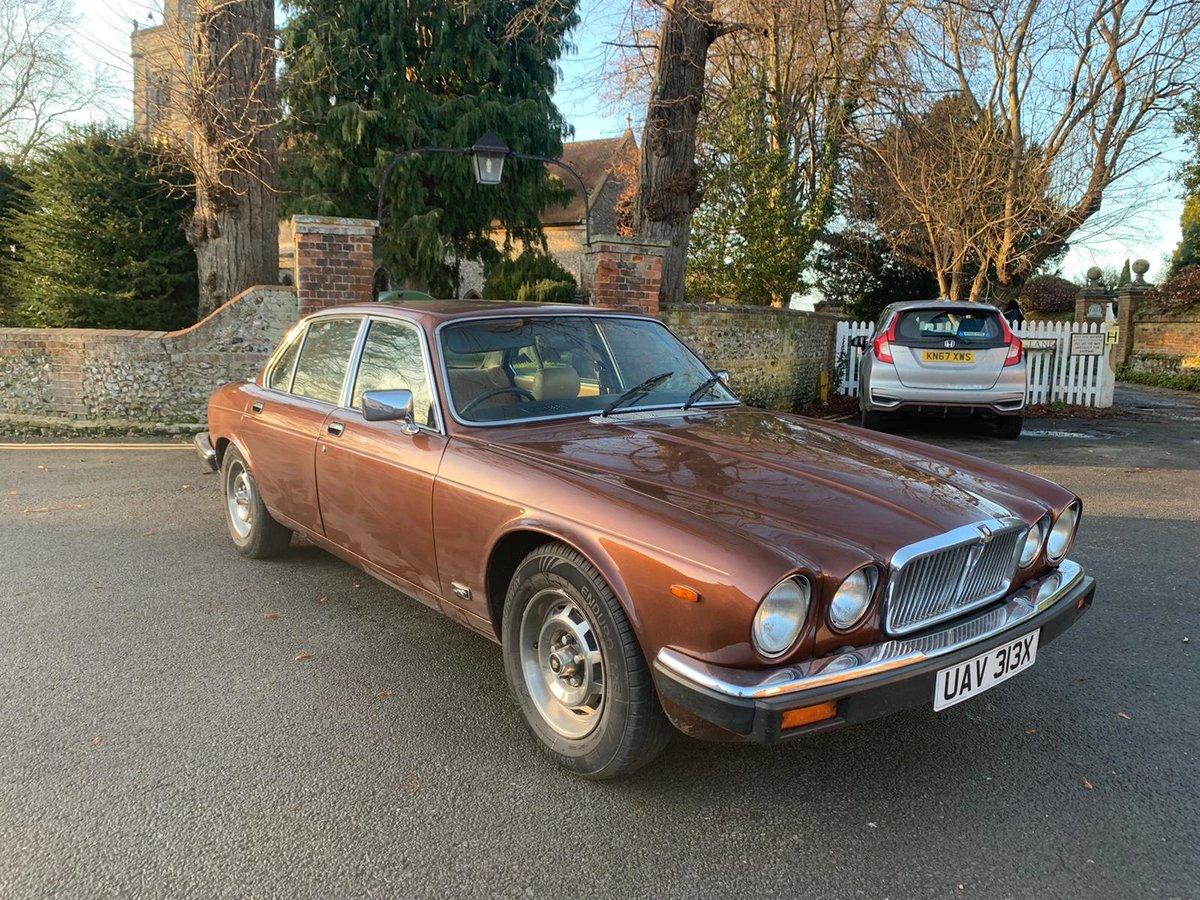 1982 Jaguar XJ6 For Sale (picture 4 of 6)