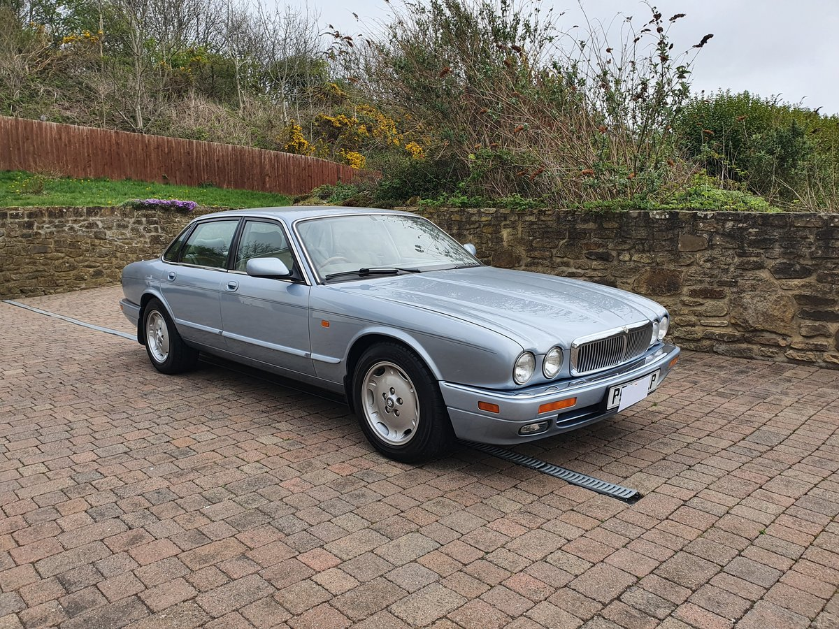 1996 Jaguar XJ6 3.2 Executive Immaculate  For Sale (picture 1 of 6)
