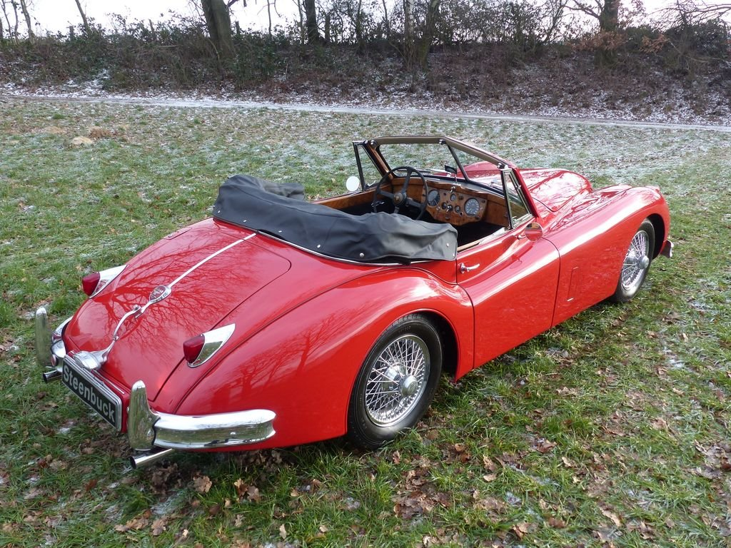 1957 Jaguar XK 140 DHC - technical highlight of the 50s For Sale (picture 4 of 6)