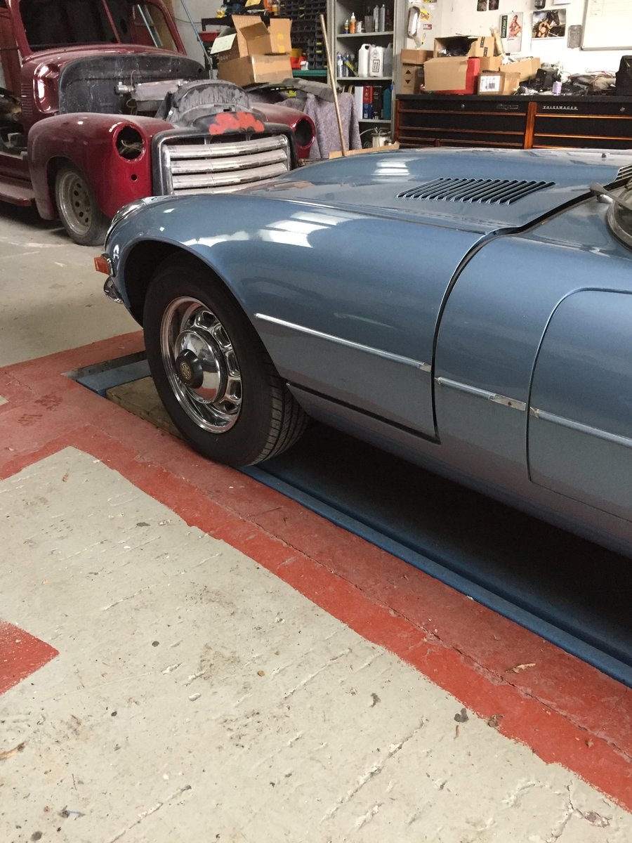 1972 Jaguar E Type V12 Coupe 2+2 Auto - LHD For Sale (picture 2 of 6)
