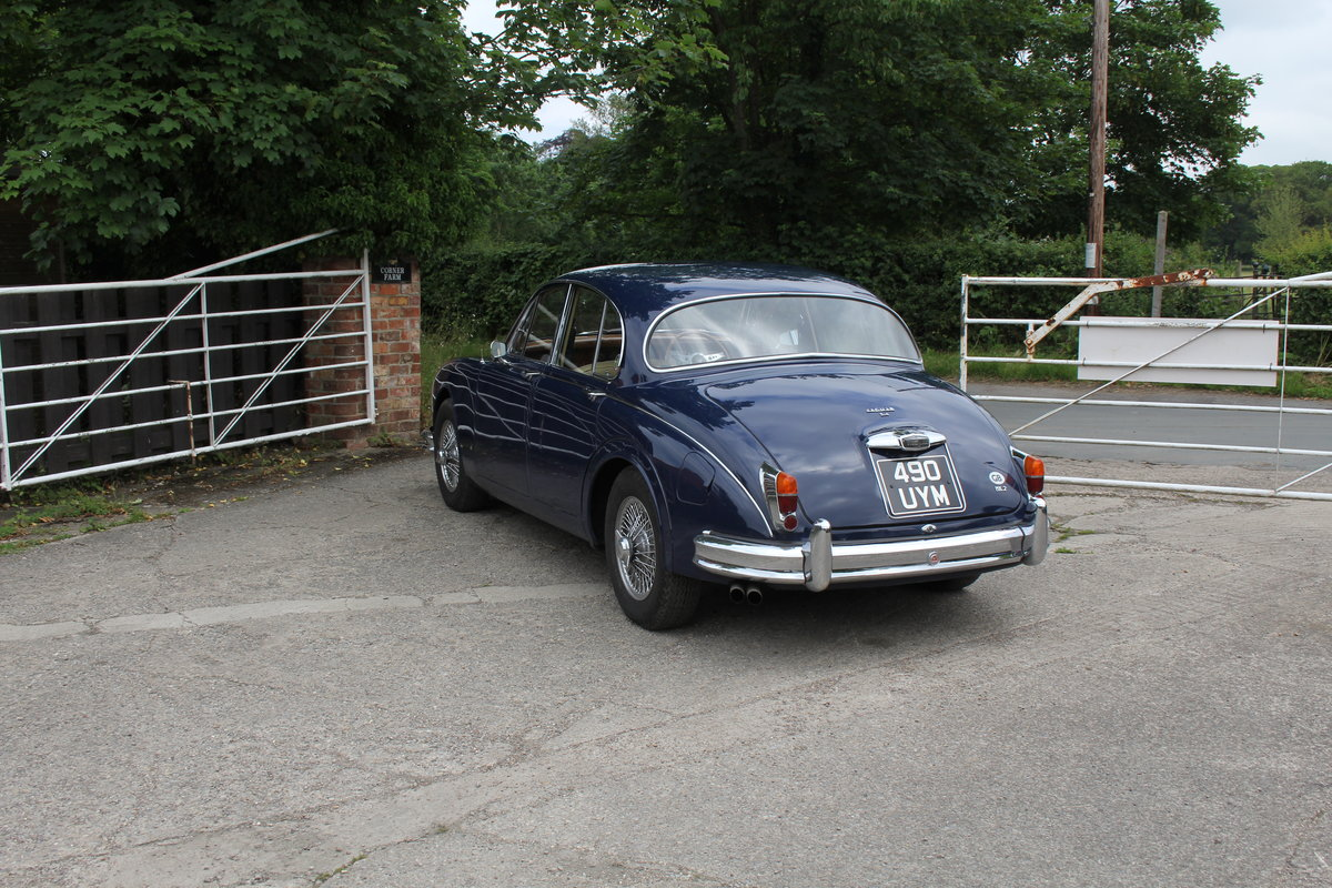 1962 Jaguar MKII 3.4 Manual O/D - 5000 miles of recent touring For Sale (picture 4 of 20)