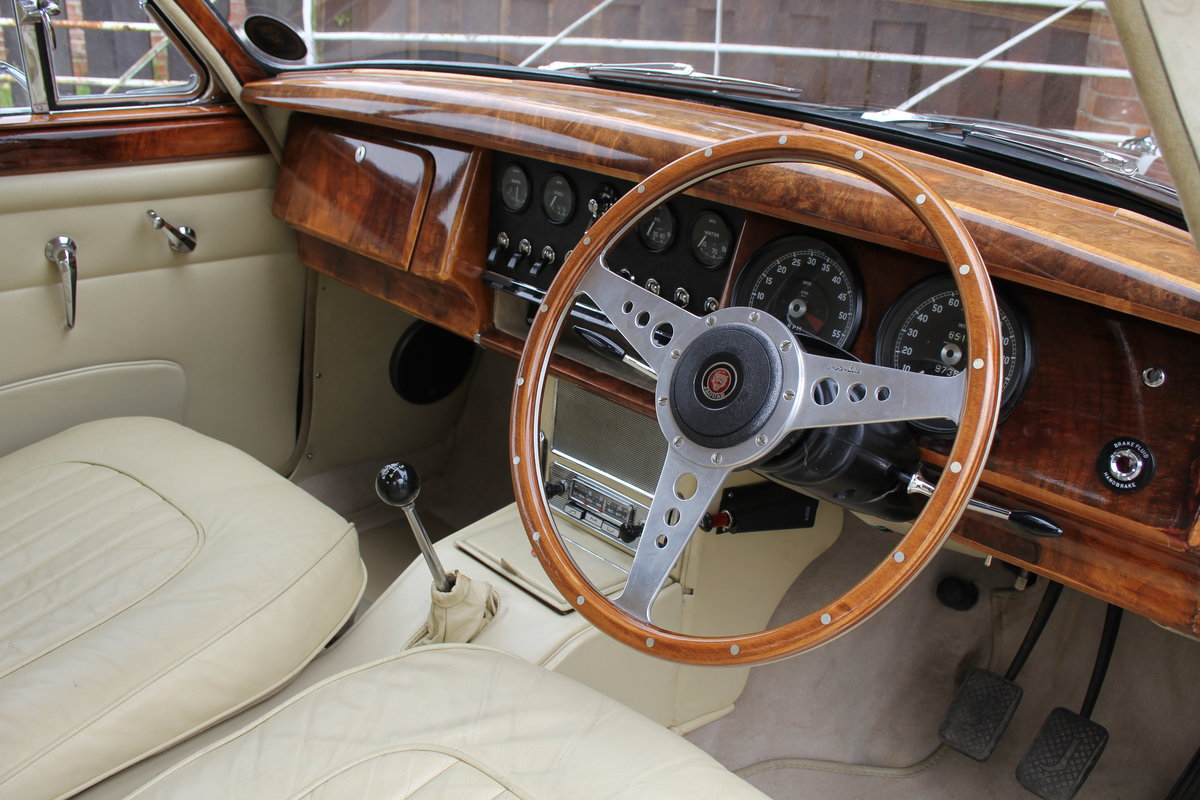 1962 Jaguar MKII 3.4 Manual O/D - 5000 miles of recent touring For Sale (picture 7 of 20)