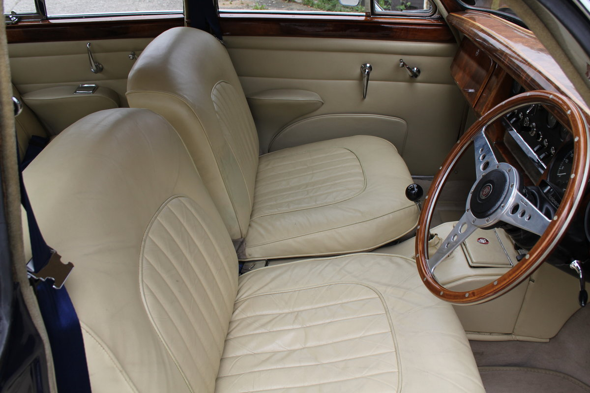 1962 Jaguar MKII 3.4 Manual O/D - 5000 miles of recent touring For Sale (picture 8 of 20)