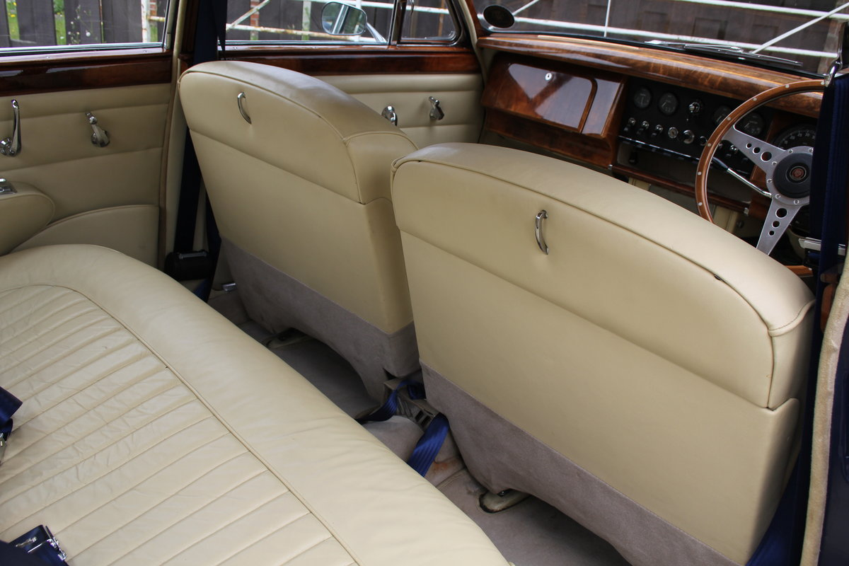 1962 Jaguar MKII 3.4 Manual O/D - 5000 miles of recent touring For Sale (picture 10 of 20)