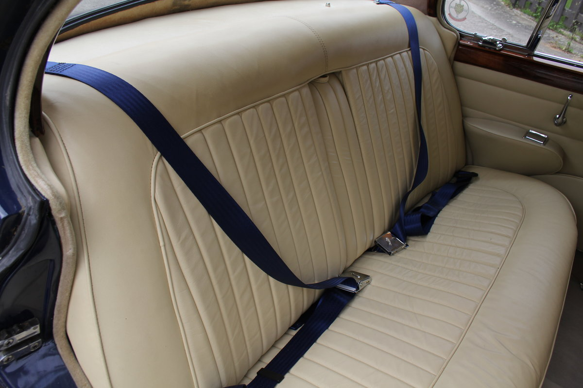 1962 Jaguar MKII 3.4 Manual O/D - 5000 miles of recent touring For Sale (picture 11 of 20)
