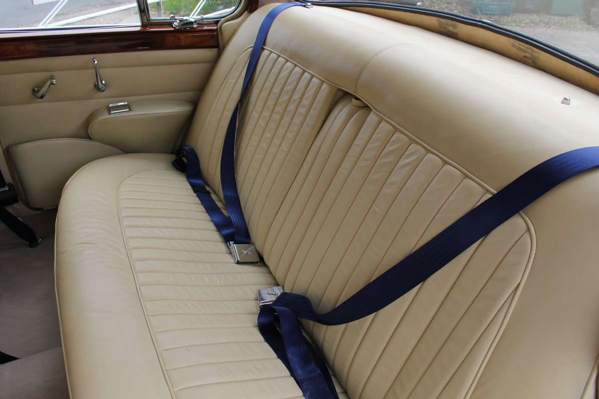 1962 Jaguar MKII 3.4 Manual O/D - 5000 miles of recent touring For Sale (picture 13 of 20)