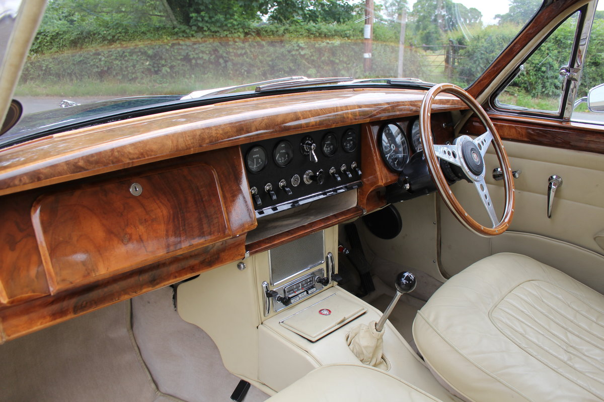 1962 Jaguar MKII 3.4 Manual O/D - 5000 miles of recent touring For Sale (picture 14 of 20)