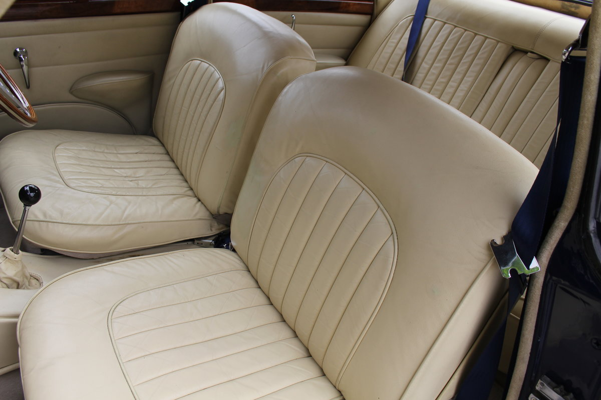 1962 Jaguar MKII 3.4 Manual O/D - 5000 miles of recent touring For Sale (picture 16 of 20)