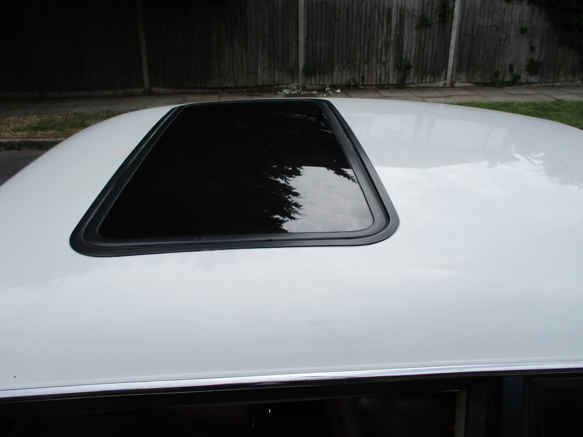 Jaguar XJS 3.6 AUTO 1990 STUNNING RARE ELECTRIC SUNROOF MDL  For Sale (picture 6 of 16)