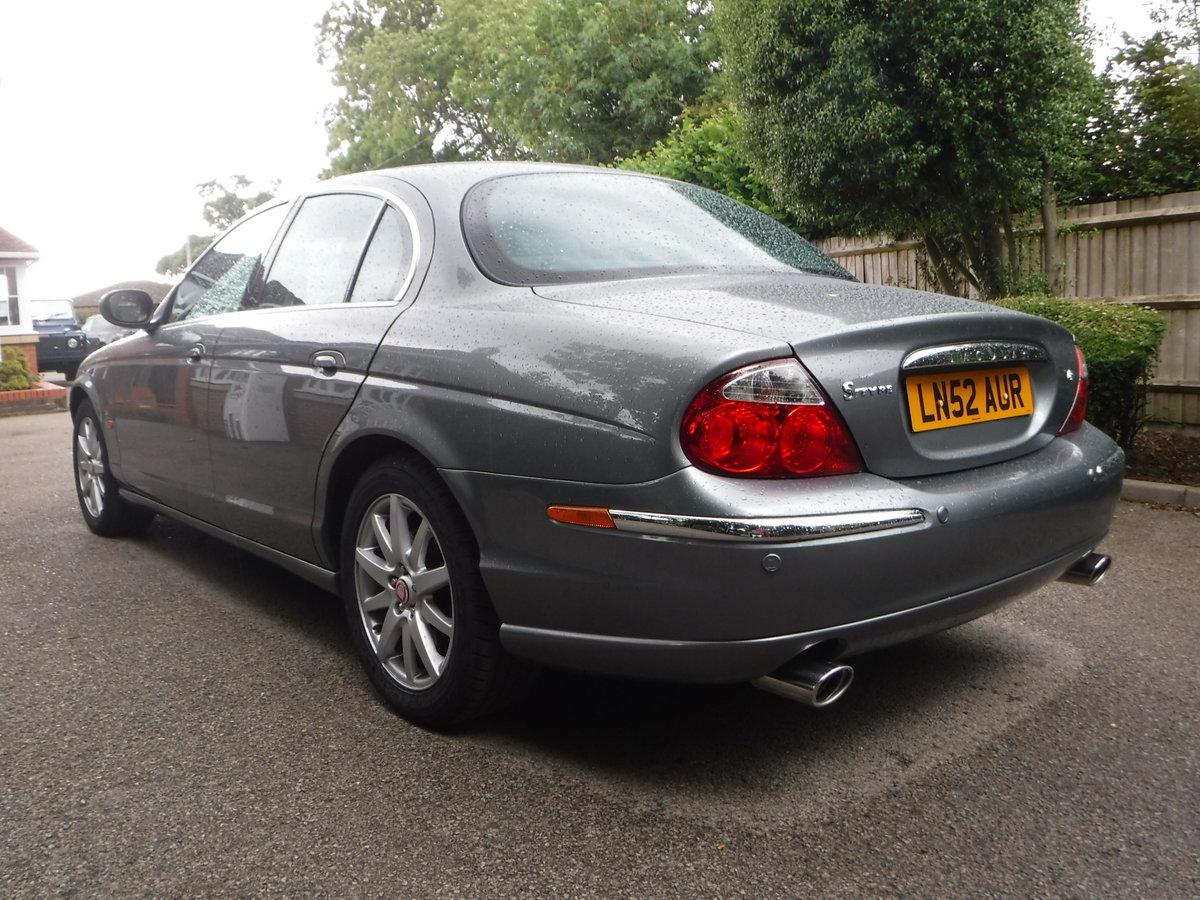 Jaguar S-Type 4.2 V8 SE 4dr 2002 52 Petrol Auto 35,000 MILES For Sale (picture 2 of 6)