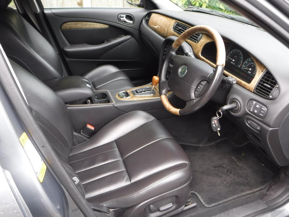 Jaguar S-Type 4.2 V8 SE 4dr 2002 52 Petrol Auto 35,000 MILES For Sale (picture 4 of 6)