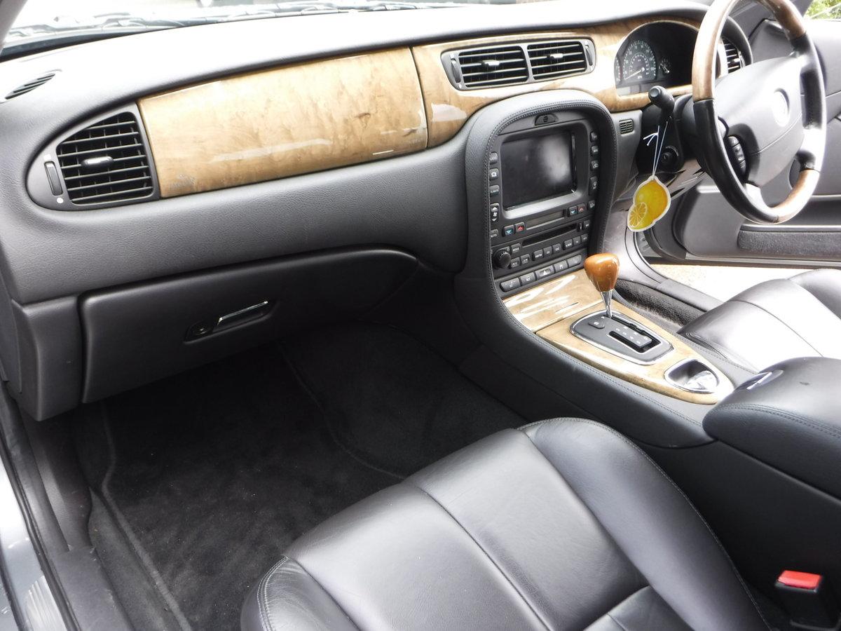 Jaguar S-Type 4.2 V8 SE 4dr 2002 52 Petrol Auto 35,000 MILES For Sale (picture 6 of 6)