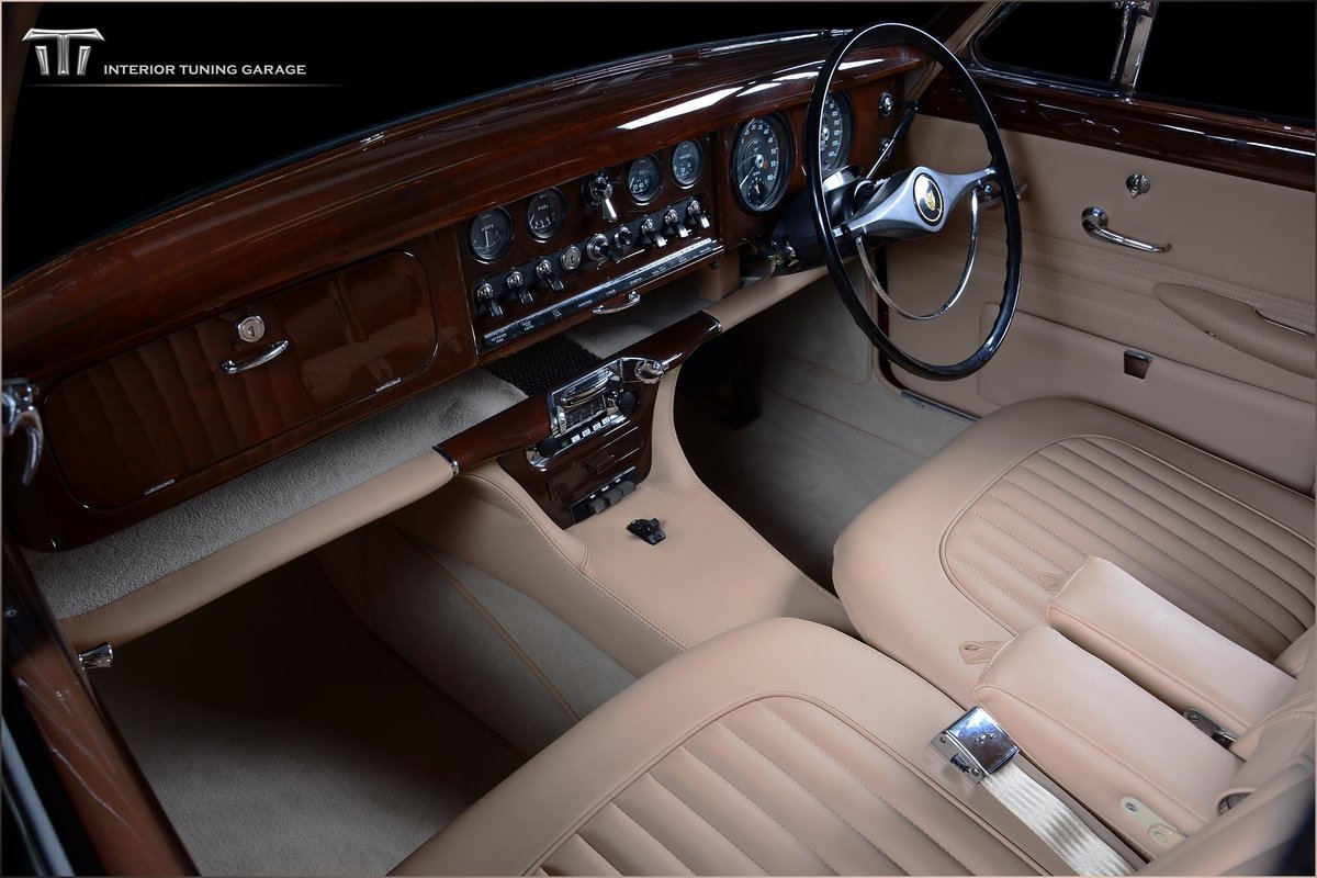1965 Perfect full restored with one of a kind interior! For Sale (picture 6 of 6)