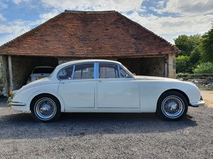 1968 Mk2 Jaguar 2.4 with over drive