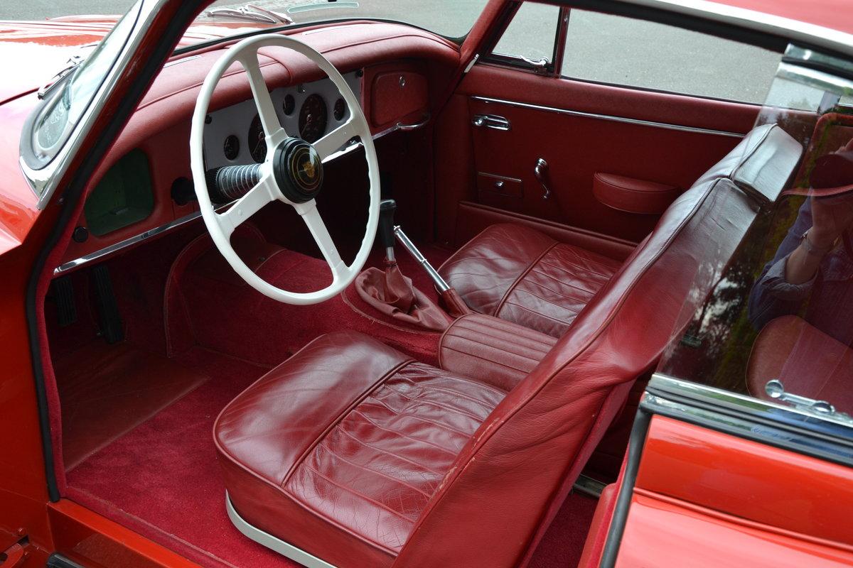 1957 (1113) Jaguar XK 150 FHC For Sale (picture 3 of 6)