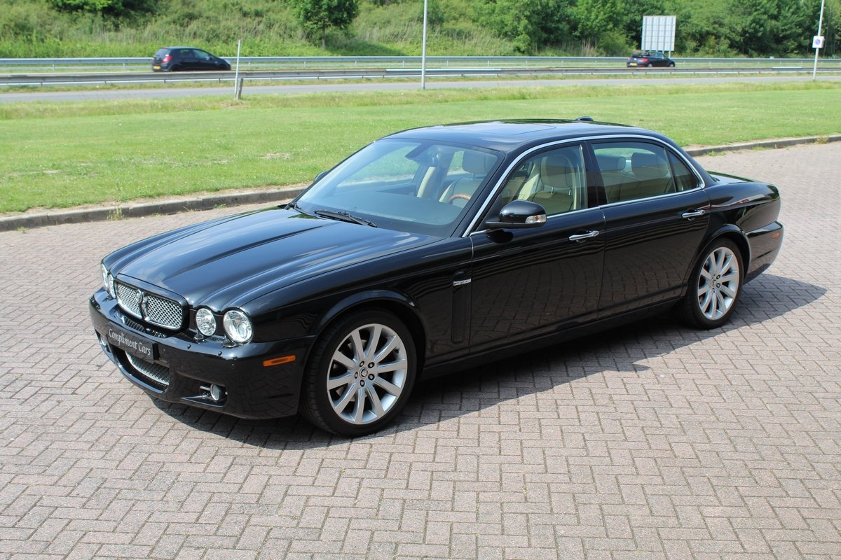 2009 Jaguar XJ Portfolio € 34.900.-- For Sale (picture 1 of 6)