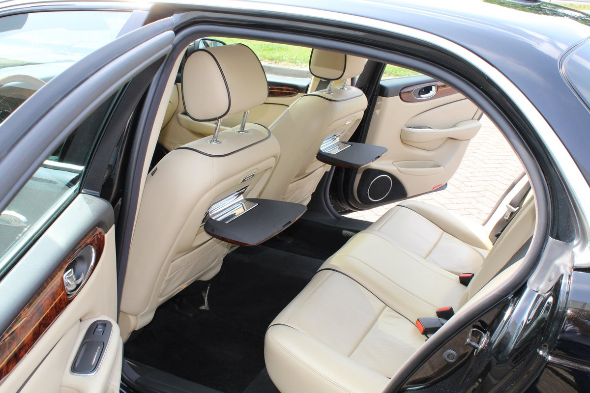 2009 Jaguar XJ Portfolio € 34.900.-- For Sale (picture 2 of 6)