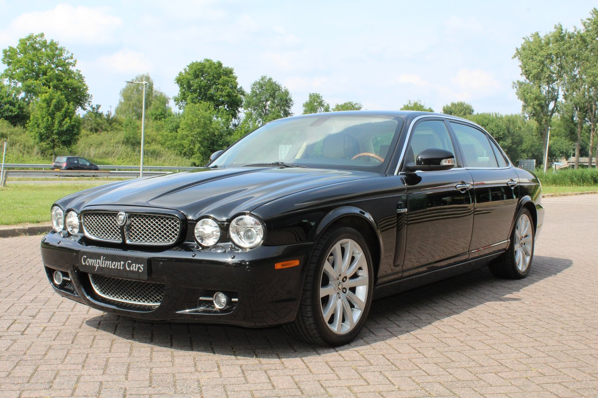 2009 Jaguar XJ Portfolio € 34.900.-- For Sale (picture 6 of 6)
