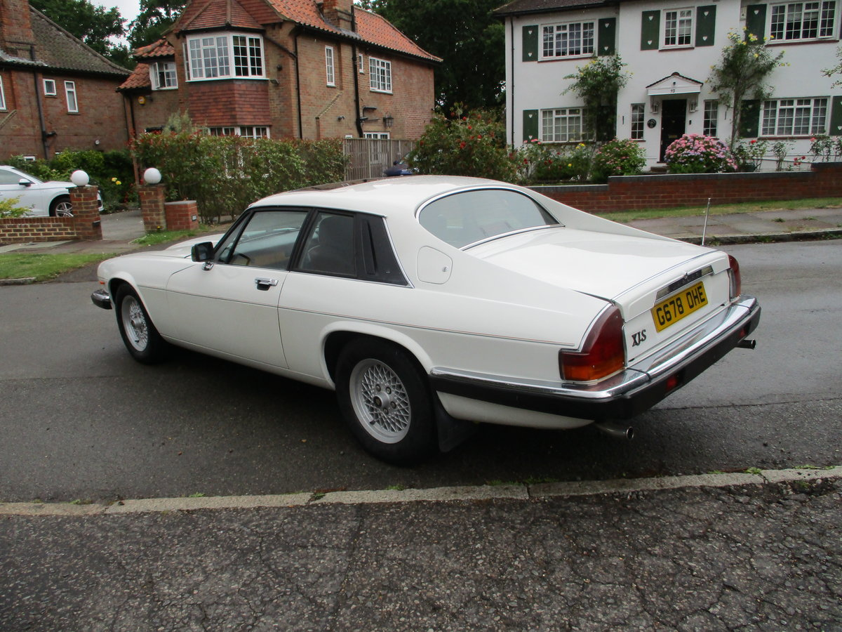 Jaguar XJS 3.6 AUTO 1990 STUNNING RARE ELECTRIC SUNROOF MDL  For Sale (picture 16 of 16)