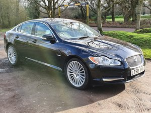Jaguar XF SV8 4.2 Supercharged V8