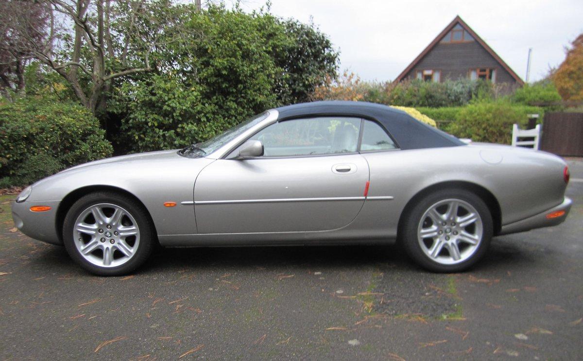 1998 Jaguar XK8 Convertible Mot 11/04/2021 For Sale (picture 3 of 5)