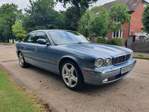 2005 Exceptional Jaguar XJ6 Sovereign FSH Stunning Specification