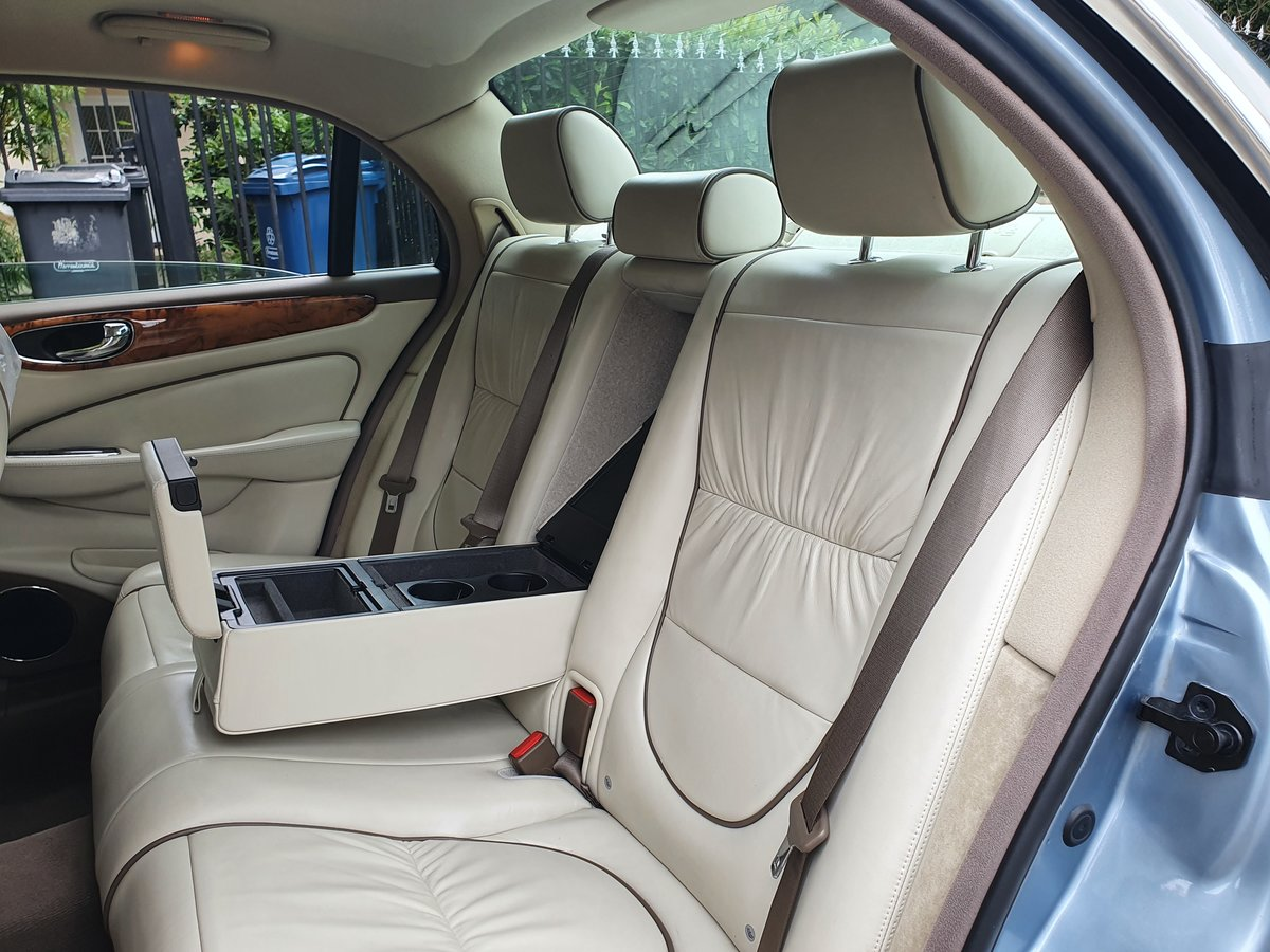 2005 Exceptional Jaguar XJ6 Sovereign FSH Stunning Specification  SOLD (picture 5 of 6)