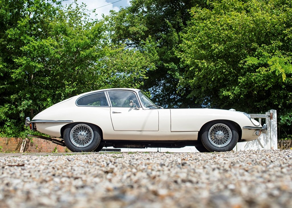 1969 Jaguar E-Type Series II Coup SOLD by Auction (picture 2 of 6)