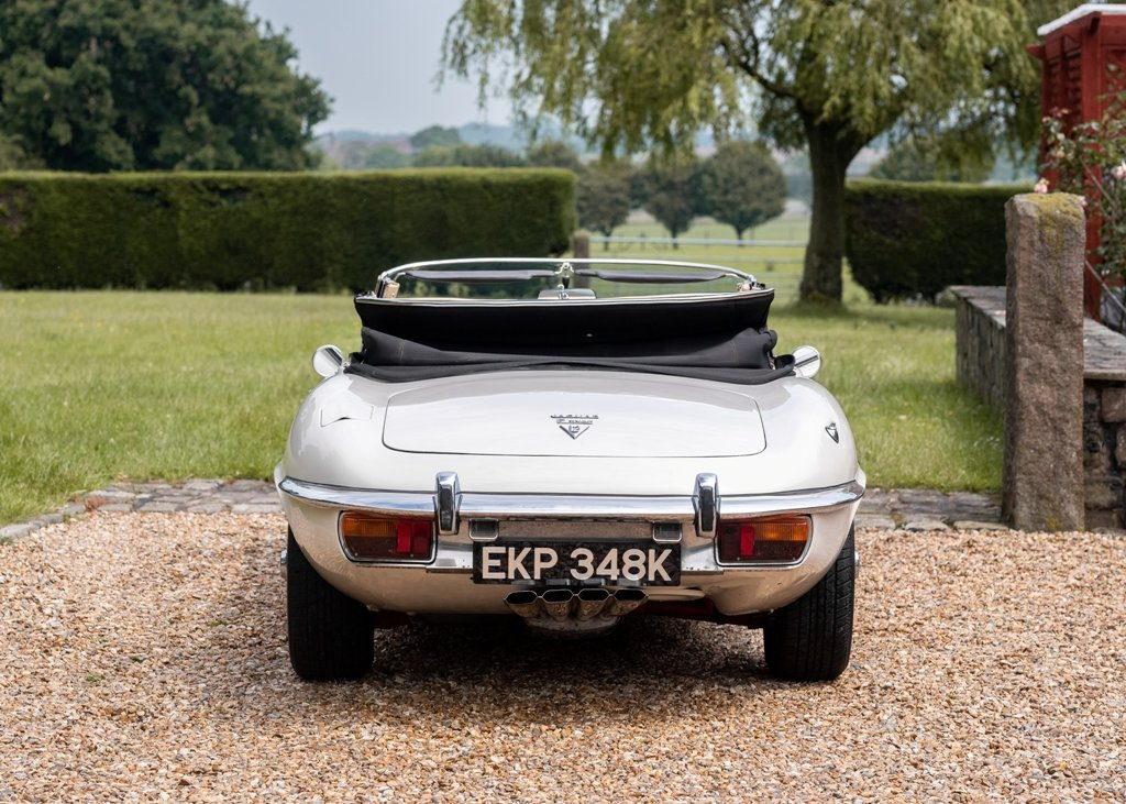 1972 Jaguar E-Type Series III Roadster SOLD by Auction (picture 3 of 6)