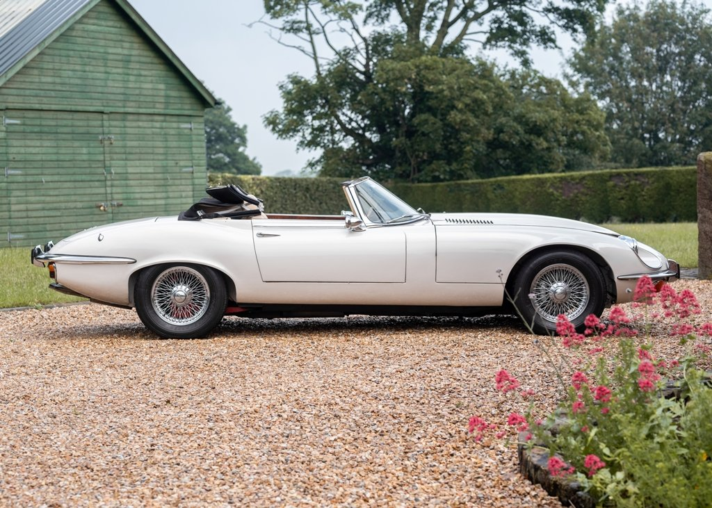 1972 Jaguar E-Type Series III Roadster SOLD by Auction (picture 5 of 6)