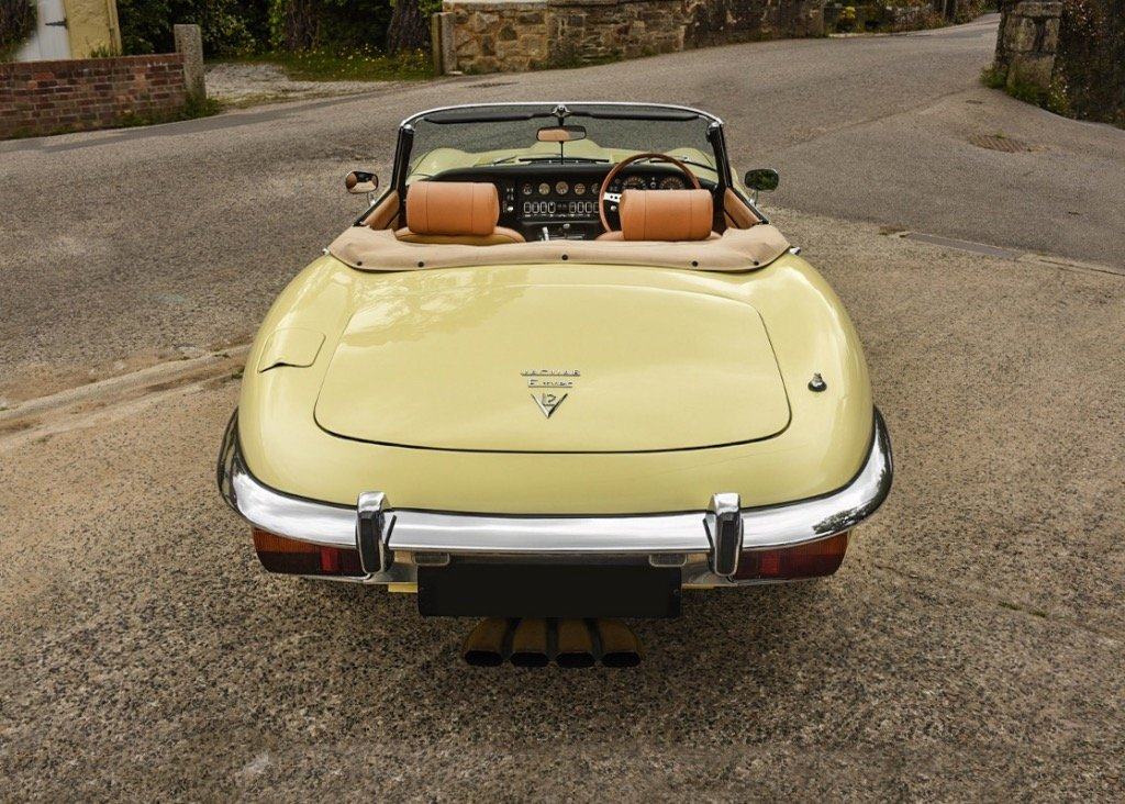 1974 Jaguar E-Type Series III Roadster SOLD by Auction (picture 3 of 6)