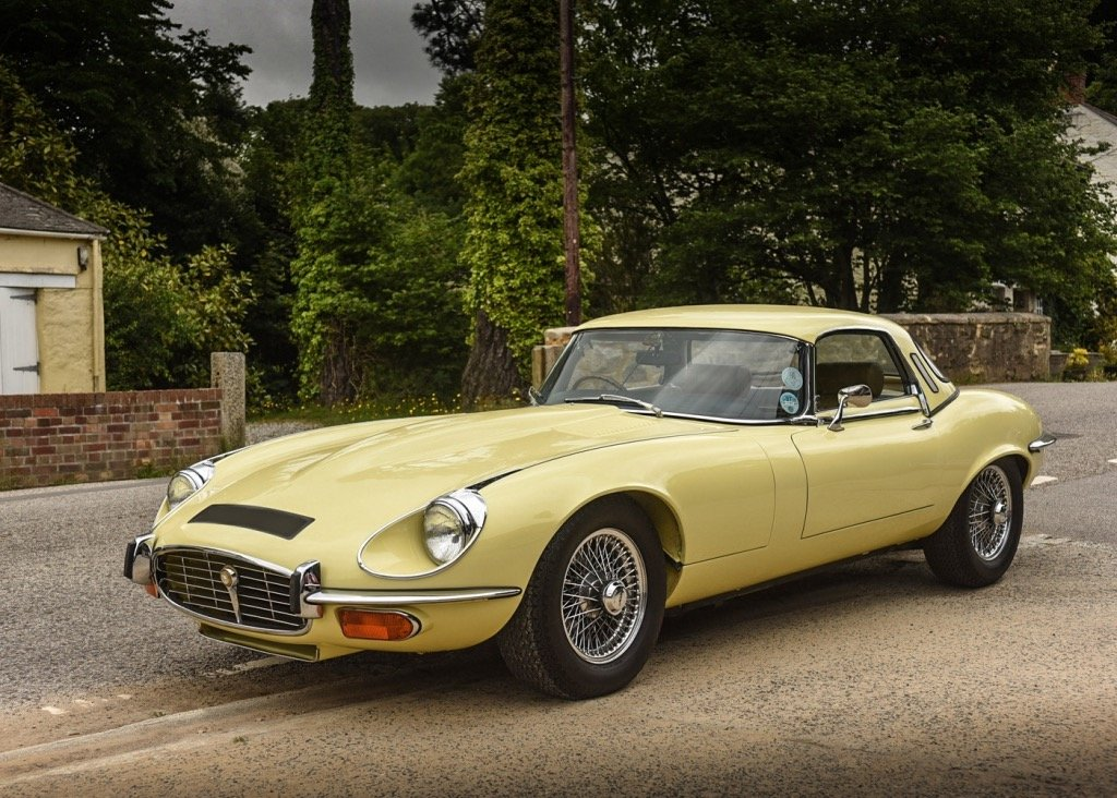 1974 Jaguar E-Type Series III Roadster SOLD by Auction (picture 4 of 6)