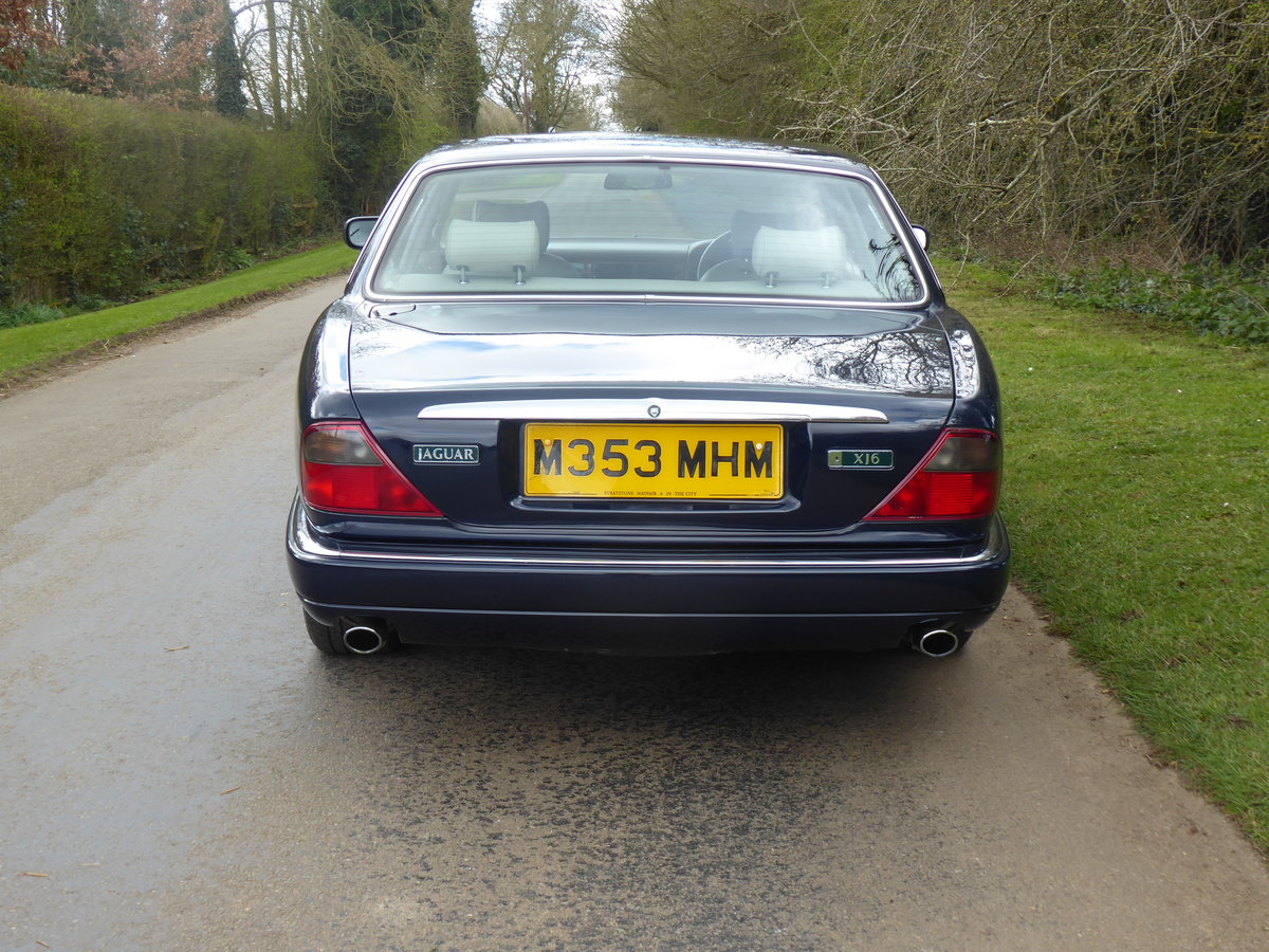 1995 Jaguar XJ6 54000 miles FSH  Outstanding Example For Sale (picture 4 of 6)