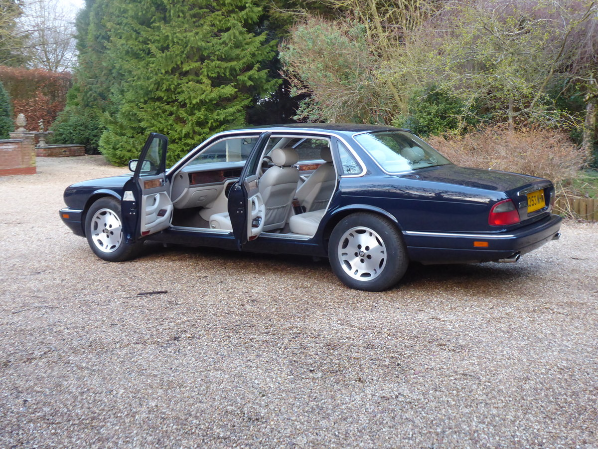 1995 Jaguar XJ6 54000 miles FSH  Outstanding Example For Sale (picture 6 of 6)
