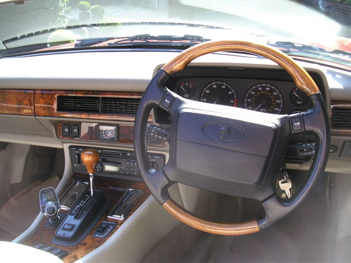 1996 Superb example of one of the most sought models For Sale (picture 4 of 6)