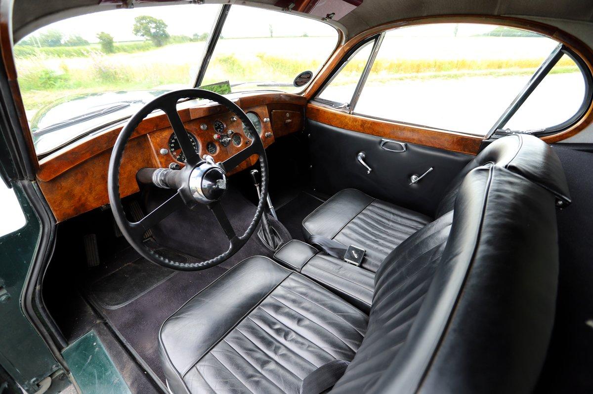 Jaguar XK120 Fixed-Head Coupé. LHD, 1952.  For Sale (picture 4 of 6)