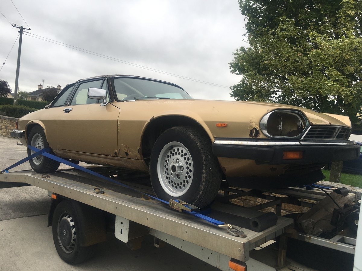 1987 Jaguar xjs-c  convertible barn find For Sale (picture 2 of 6)