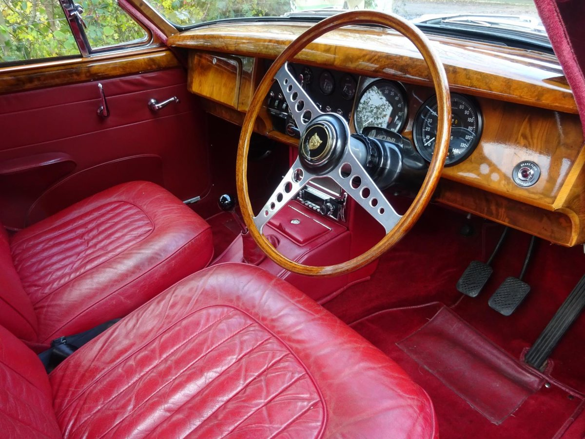 1967 Jaguar MK2 3.8 - Fully rebuilt For Sale (picture 4 of 6)