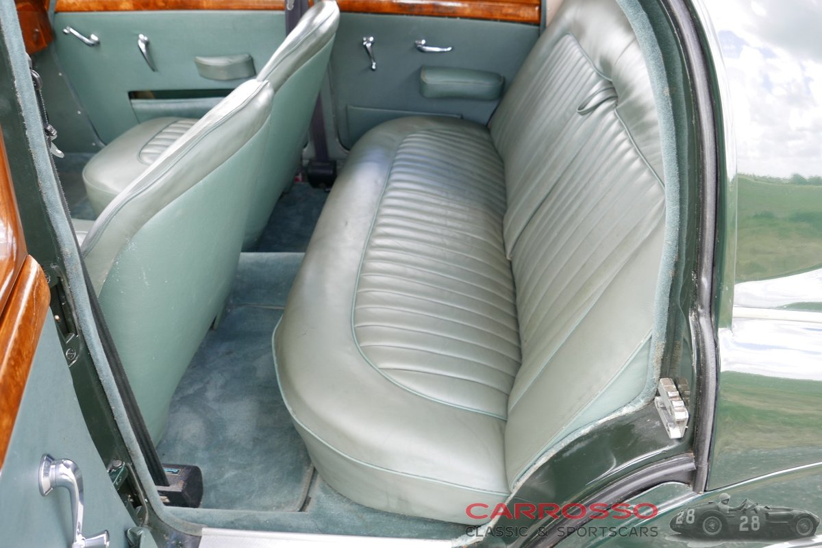 1957 Jaguar MKI 3.4 with Overdrive! For Sale (picture 4 of 6)