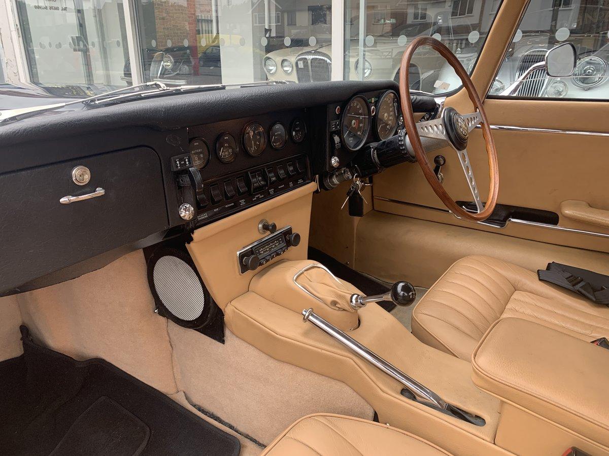 1968 Jaguar E type FHC For Sale (picture 5 of 6)