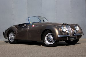 1953 Jaguar XK 120 SE Roadster LHD - Completely restored! For Sale