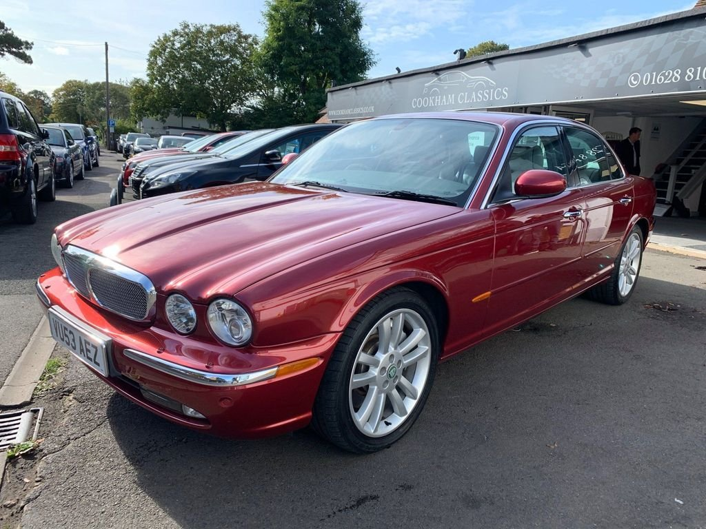 2003 Jaguar XJ aluminium body, only 48k For Sale (picture 1 of 6)