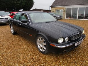 0555 jaguar 4.2 executive auto saloon