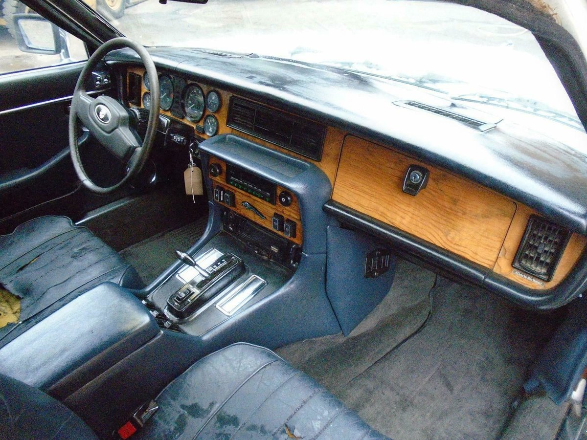 JAGUAR XJ6 SERIES 3 4.2 AUTO LHD (1983) FACTORY WHITE! SOLID For Sale (picture 6 of 6)