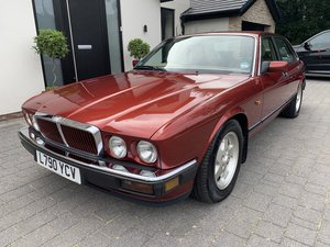 Picture of 1993 JAGUAR XJ40 3.2S 54000 miles £6950