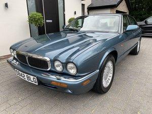 1998 JAGUAR XJ V8 SOVEREIGN 2 OWNERS 61000 MILES For Sale