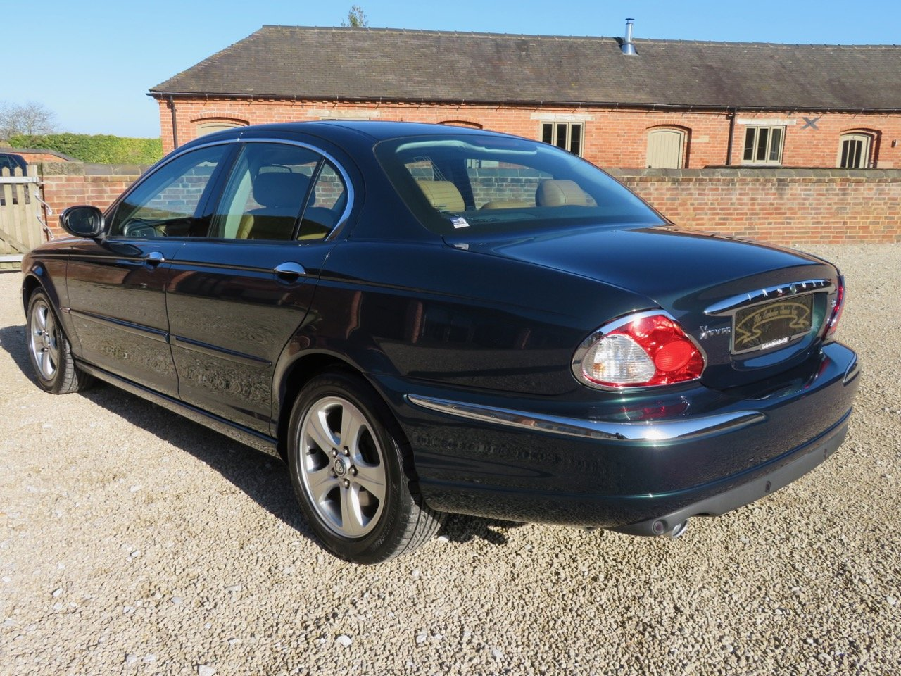 JAGUAR X-TYPE 3.0 V6 AUTO SE 2002 18K MILES FROM NEW 1 OWNER For Sale (picture 6 of 6)